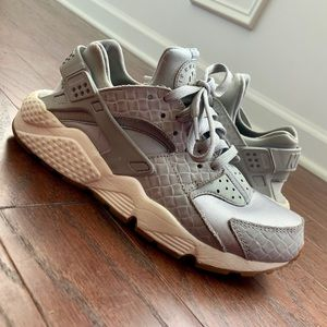 Silver Nike Huarache